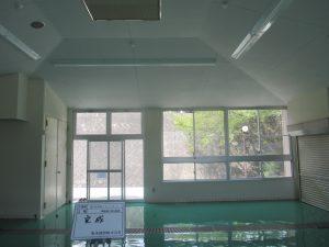 山梨市学校給食センター建設に伴う笛川中学校プラットホーム等改修工事